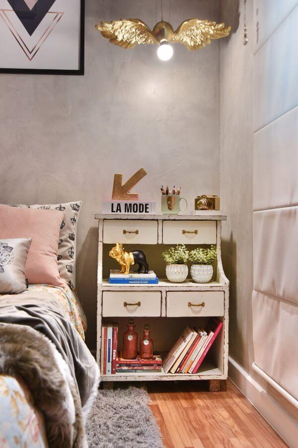Móveis retrô branco para quarto de solteira