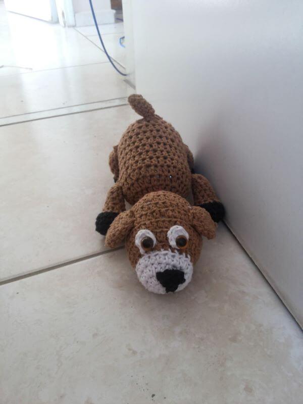 Peso de porta com cachorro