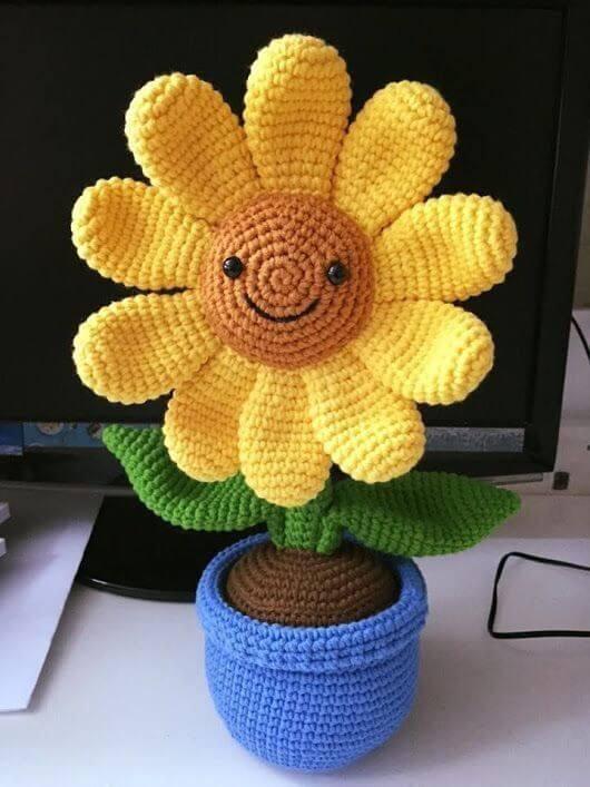 Peso de porta de crochê com flor