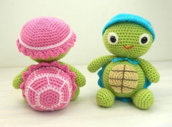 Peso de porta de crochê com tartaruga