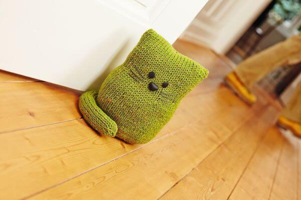peso de crochê para porta