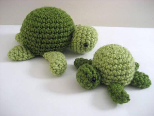 Peso de porta de crochê tartaruga