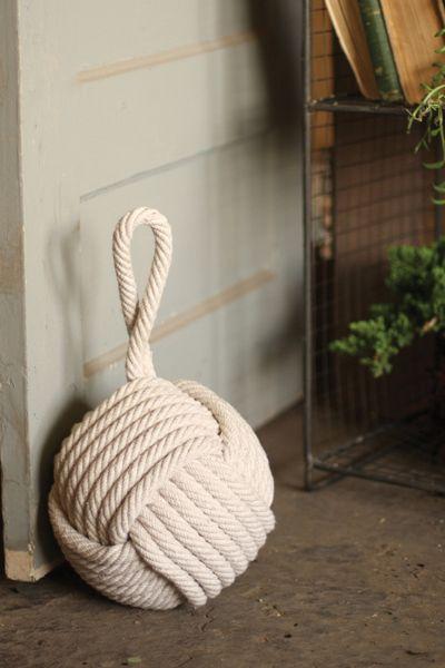 Peso de porta de crochê redondo