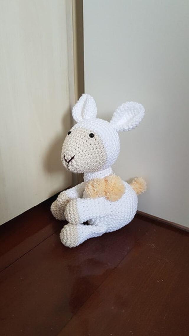 Peso de porta em crochê ovelha