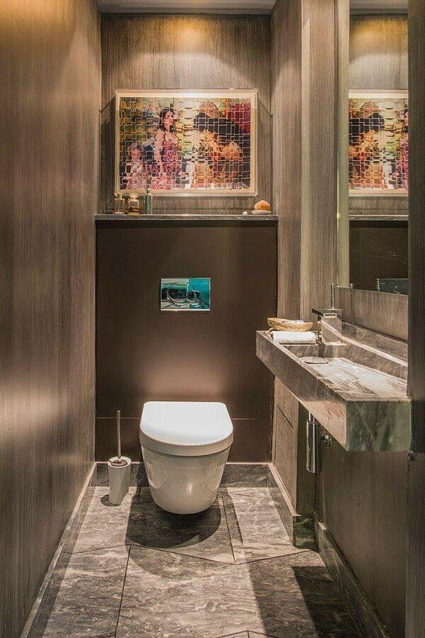 pia esculpida com rampa para banheiro pequeno Foto Vivons Maison