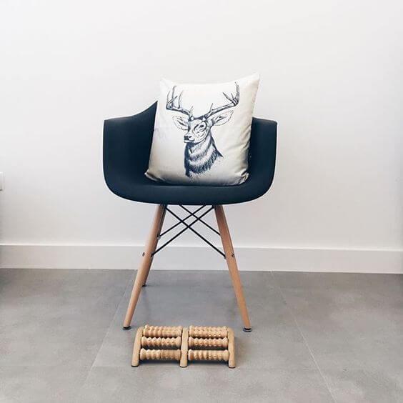 Rodapé branco para sala moderna
