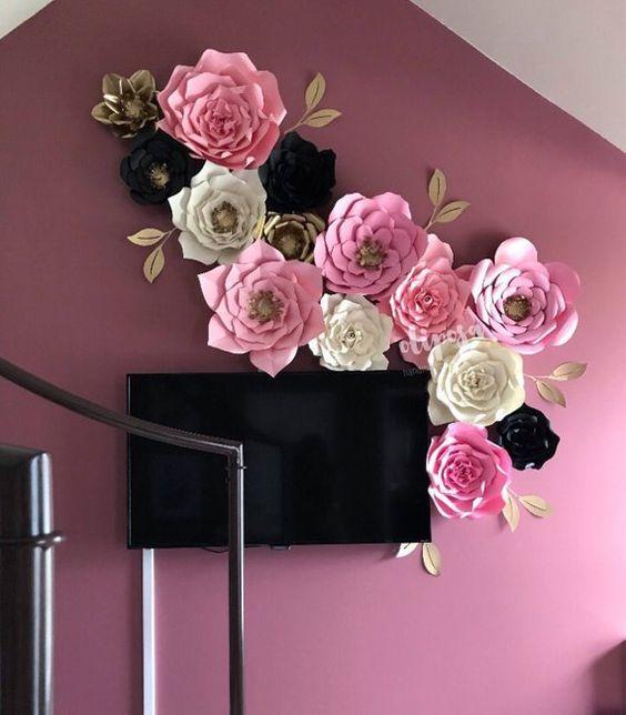 rosas de papel - decoração de parede de sala com rosas de papel