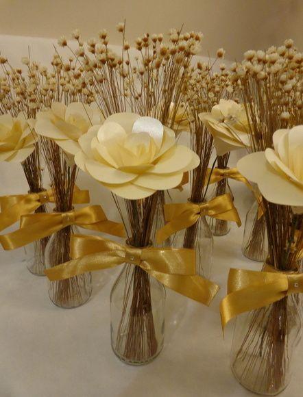 rosas de papel - lembrancinha com rosas de papel
