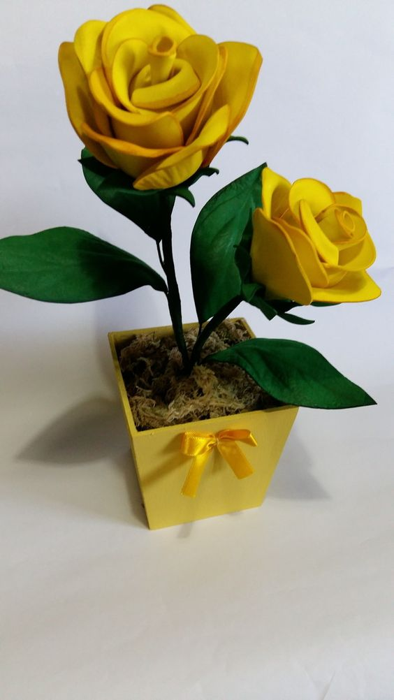 rosas de papel - rosa de papel amarelo