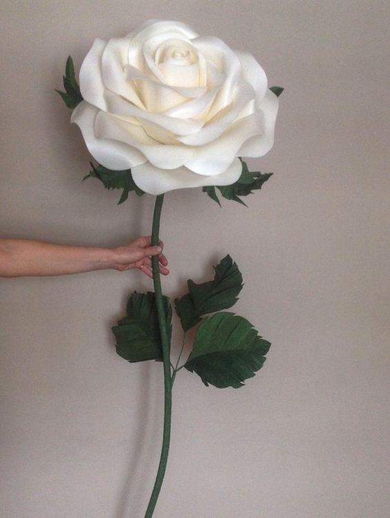 rosas de papel - rosa gigante de papel