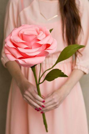 rosas de papel - rosa grande de cartolina