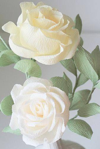 rosas de papel - rosas brancas de papel crepom