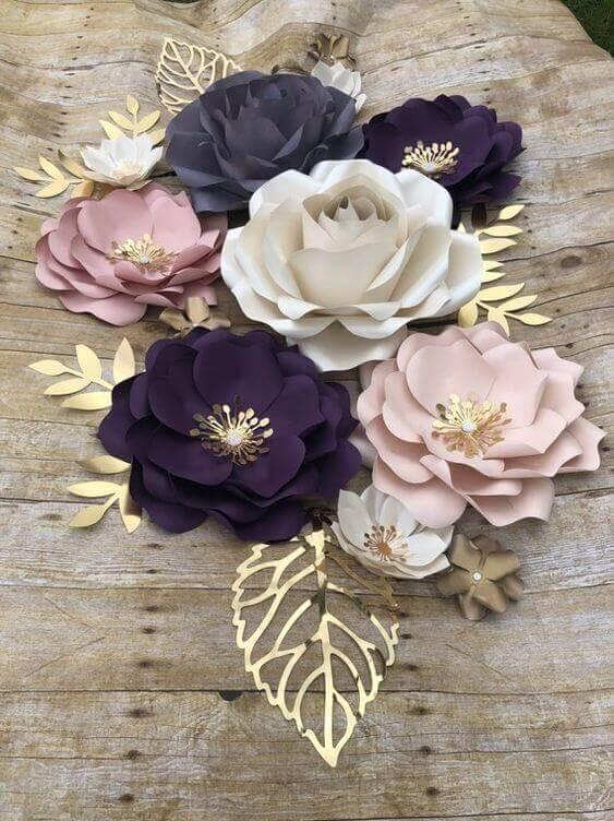 rosas de papel - rosas coloridas como centro de mesa