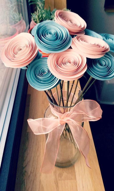 rosas de papel - vaso de rosa de papel