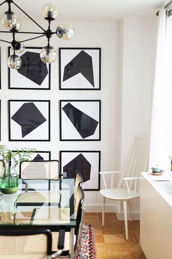 sala de jantar decorada com quadro branco e preto Foto Behance