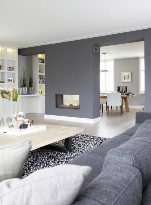 Sala moderna em tons de cinza