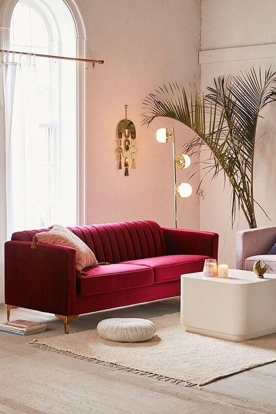 Sala vermelha e clean