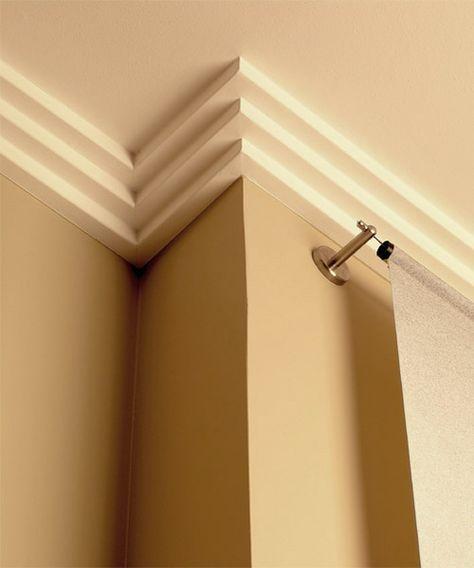 sanca de isopor - parede com moldura de isopor