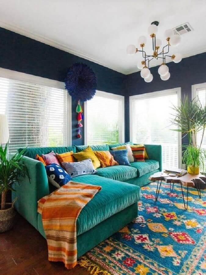 sofá com chaise para decoração de sala colorida Foto We Heart It