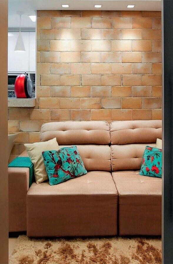 sofá retrátil marrom Foto Pinosy