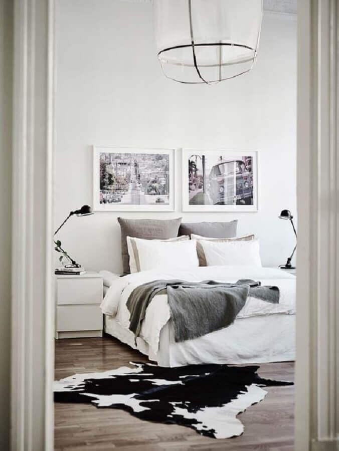 tapete de couro de boi para quarto de casal preto e branco decorado Foto Planete-Deco