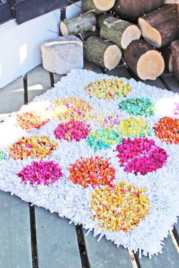 Tapete frufru colorido para sala