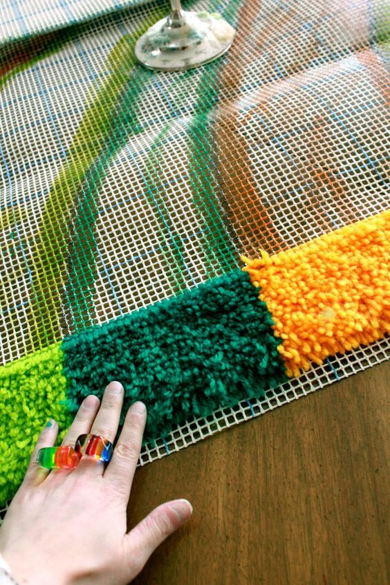 Aprenda como fazer tapete frufru colorido