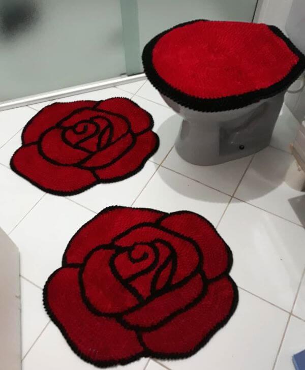 Tapete de frufru em formato de rosa