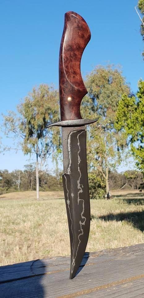 tipos de facas - faca preta simples