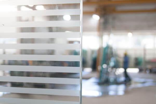 Tipos de vidro serigrafado para divisória