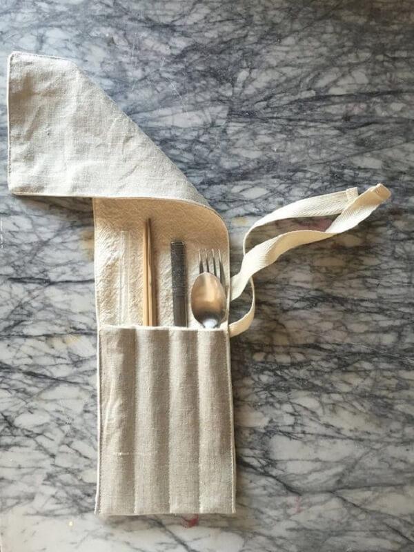 Modelo simples de porta talheres de tecido