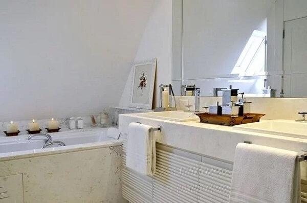 Modelo de bandeja para banheiro de madeira