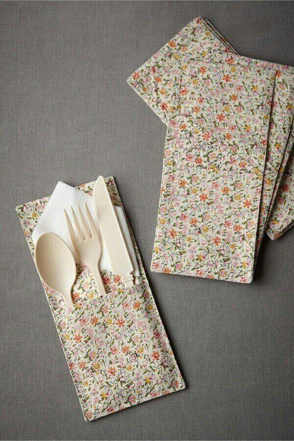 Modelo de mini porta talheres de tecido