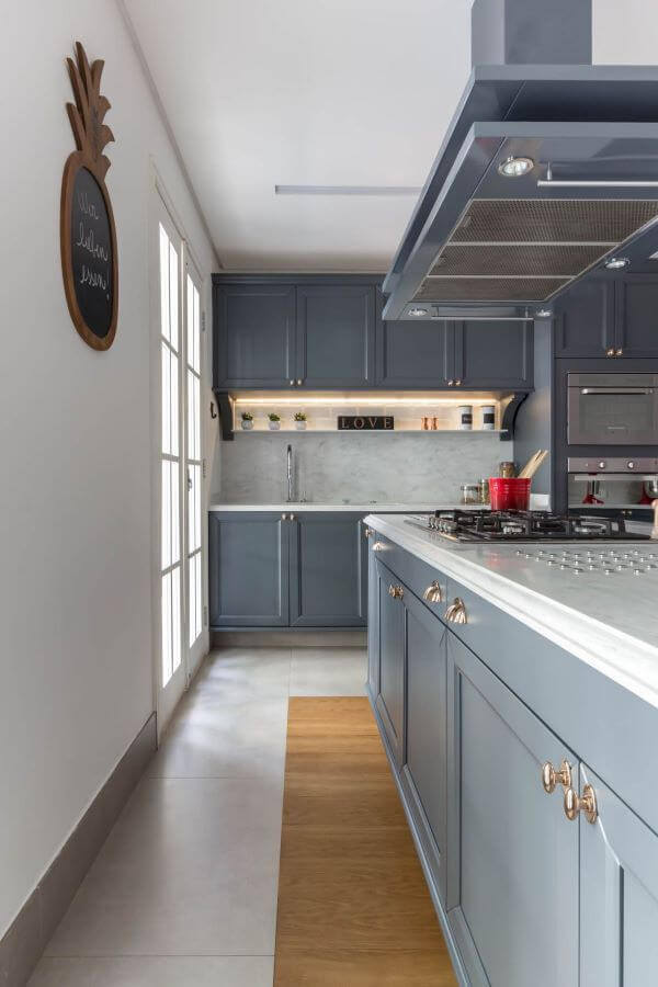 Armário de cozinha gourmet cinza