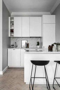 Armário de cozinha pequena e simples