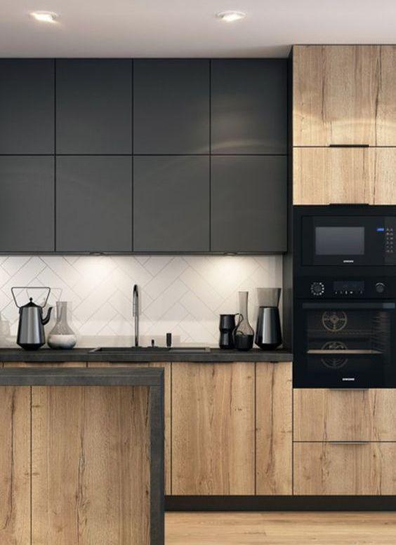 Armário de cozinha preto e madeira