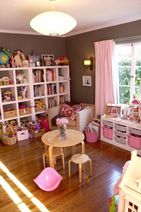 Brinquedoteca cor de rosa