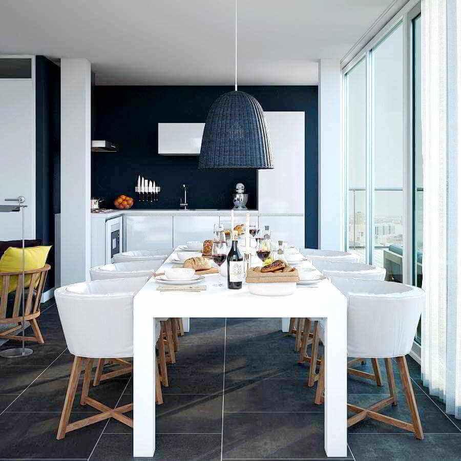 cadeira branca com design moderno para sala de jantar integrada com cozinha Foto Planete-deco