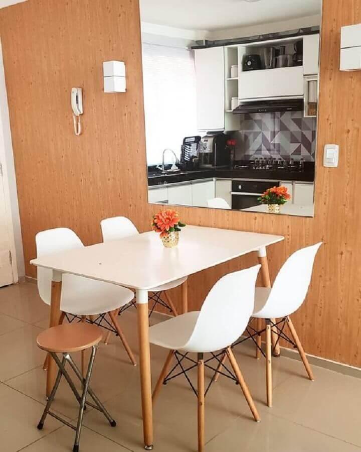 cadeira eames branca para sala de jantar pequena Foto Pinterest