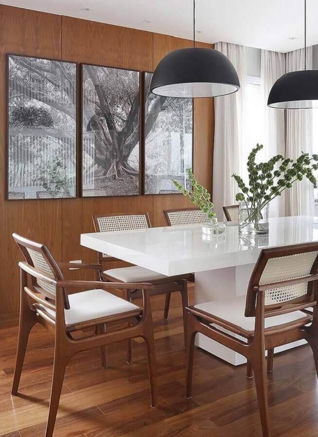 cadeiras de madeira para sala de jantar moderna com mesa branca Foto Behance