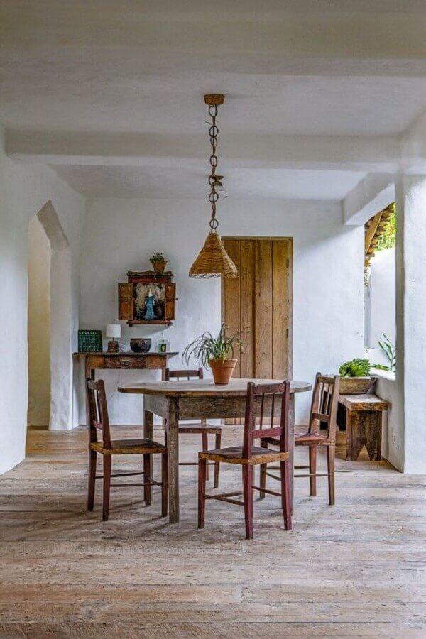 cadeiras para sala de jantar rústica Foto Article