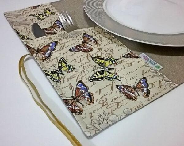 Estampas de borboleta para o porta talher de tecido