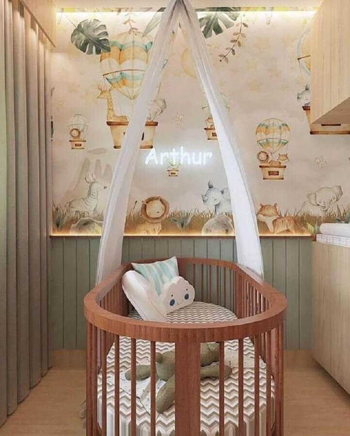 decoração lúdica com papel de parede para quarto de bebê Foto Houzz