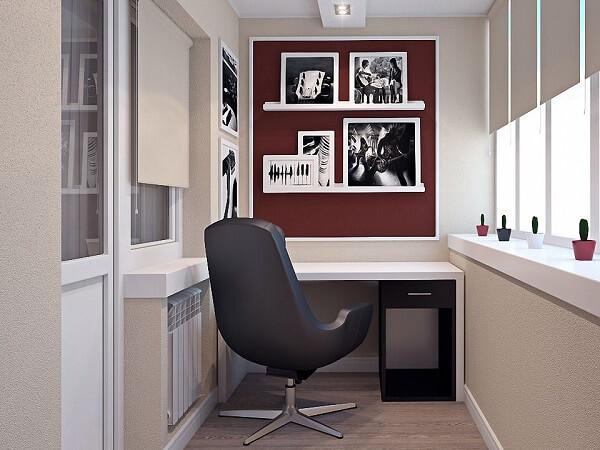 Utilize prateleiras para quadro no escritório planejado
