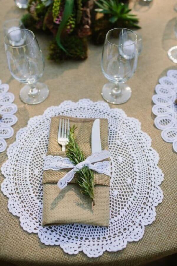 Detalhes que encantam em um casamento rústico