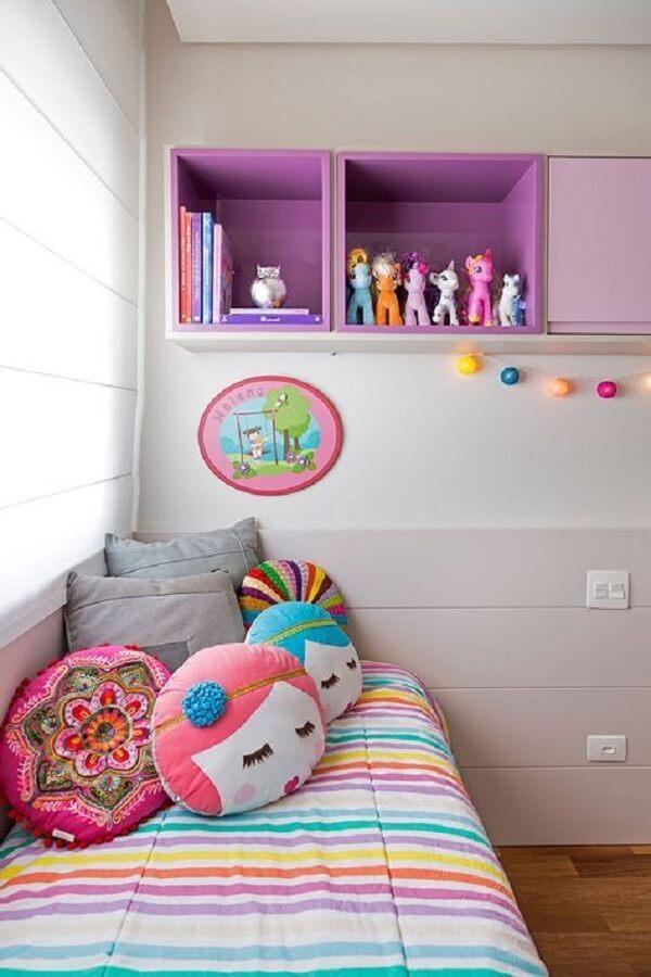 Nichos coloridos para quarto personalizado