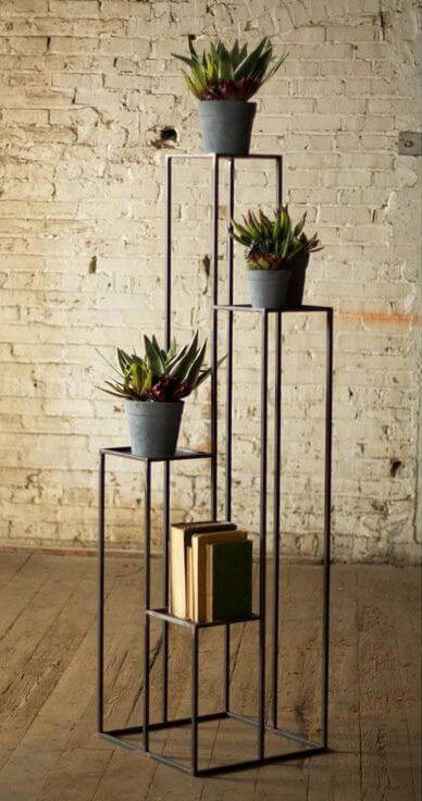 Floreiras de chão e ferro