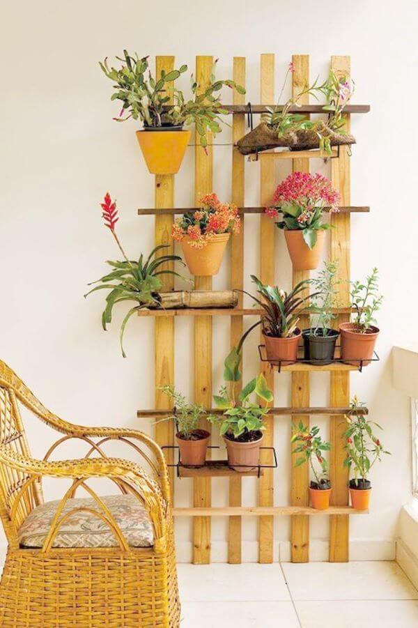 Decoração com flores e plantas