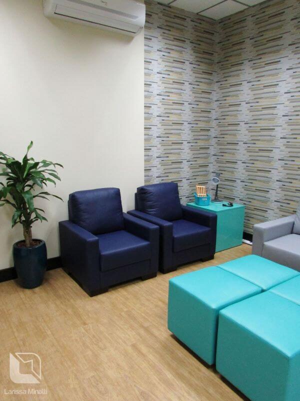 Jogo de sofá para escritório com poltronas combinando