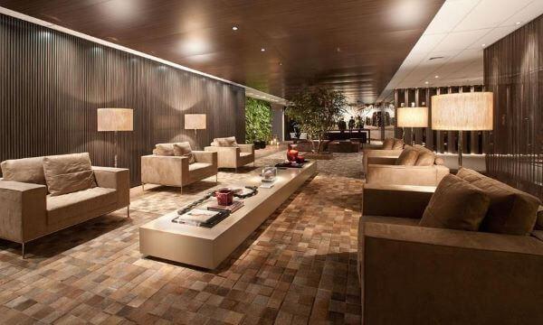 Jogo de sofá para escritório no espaço comercial